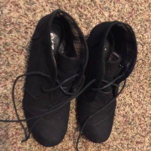 Shoes - Black Platform Ankle Booties
